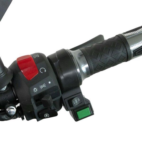 Scooter électrique sport EM4 – Accélération